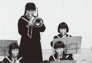 吹奏楽部の演奏会で(中学3年)