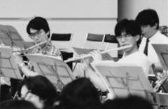 京都大学交響楽団で(前列右)
